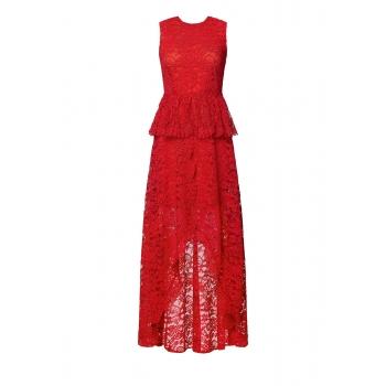 Платье из кружева цвет красный