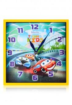 Часы настенные Машинки