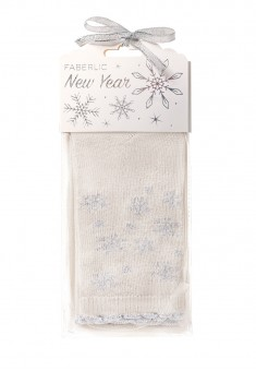 Snowflakes Wool Socks in gift packaging milk