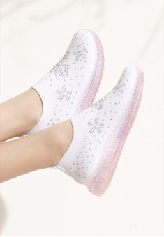Girls Fly Sneakers white