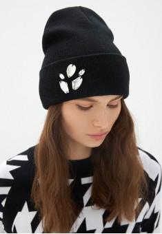 SequinEmbellished Beanie Hat black