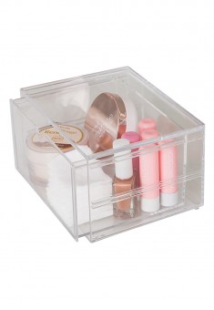 Organizer with Pull Out Drawer