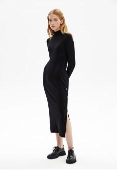 Вязаное платье с разрезом на пуговицах цвет черный